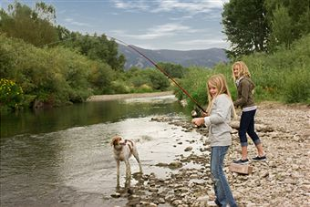 fishing-with-family-dog